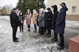 Учащиеся СОШ №21 познакомились с работой ВНИИ «Сигнал»